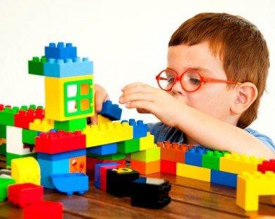 Bố mẹ phải làm gì khi con mắc chứng tăng động giảm chú ý?