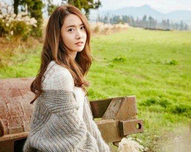 Ngắm vẻ đẹp tỏa sáng của Yoona tại đảo Jeju