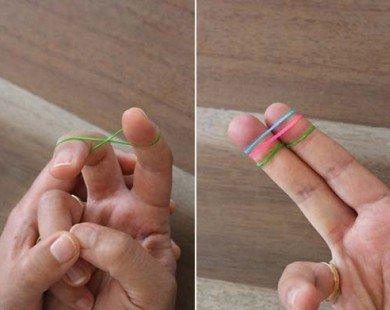 Chỉ dùng 2 chiếc dây chun mà vòng eo và bắp đùi giảm được 5cm đấy