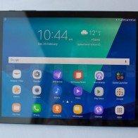 """Samsung Galaxy Tab S3 trình diện, cấu hình """"trâu"""", trọng lượng nhẹ"""