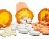 Dùng nhiều thuốc cùng lúc - Làm sao bớt hại?