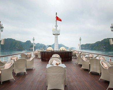 Cùng nhìn ngắm những bức hình hiếm hoi của du thuyền Paradise Elegance đẳng cấp nhất vịnh Hạ Long