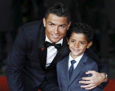 Cristiano Ronaldo sắp đón cặp quý tử song sinh
