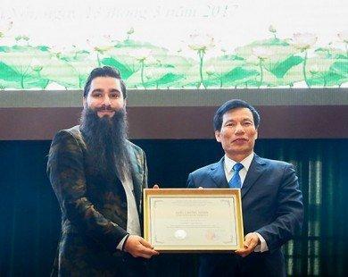 Đạo diễn Jordan Vogt-Roberts chính thức trở thành Đại sứ du lịch Việt Nam
