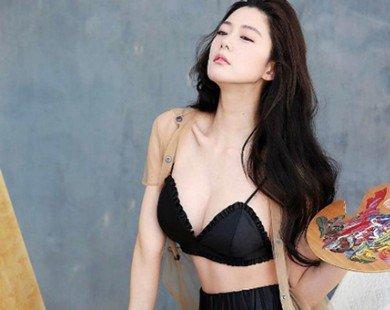 """""""Nữ hoàng mới"""" xứ Hàn tung bộ ảnh khoe thân hình đẹp tuyệt"""