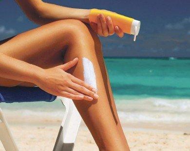 Bí quyết mặc bikini quyến rũ và an toàn trong mùa du lịch biển