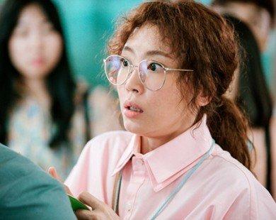 'Nữ hoàng nội y' Hàn đối đầu với người đẹp không tuổi trong phim hành động mới