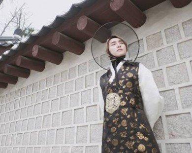 Sơn Tùng mặc Hanbok đẹp xuất sắc hơn cả trai Hàn