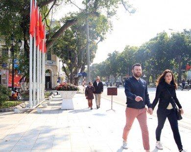 Khách du lịch đến Việt Nam quý 1 tăng gần 30%
