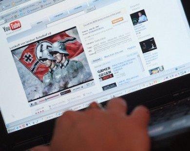 """YouTube được tích hợp bộ lọc thông minh để """"trảm"""" video độc hại"""