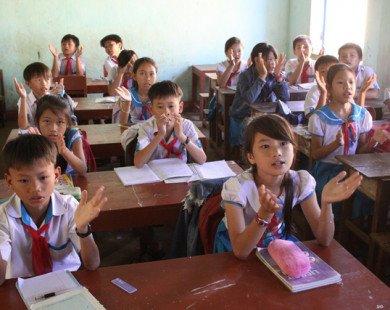 Quảng Ngãi: Cấm giáo viên dạy thêm ở nhà