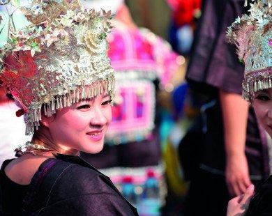 Du lịch Trung Quốc – Phượng Hoàng Trấn Cổ ngàn năm