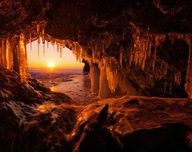 16 hang động sở hữu vẻ đẹp hùng vĩ và lộng lẫy đến khó tin của thế giới
