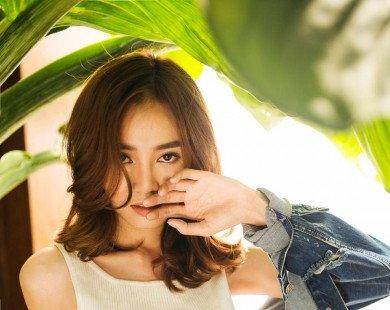 Ninh Dương Lan Ngọc cá tính với trang phục jeans, thun