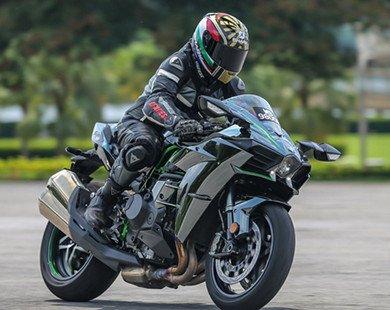 Kawasaki Ninja H2 giá hơn 1 tỷ đồng
