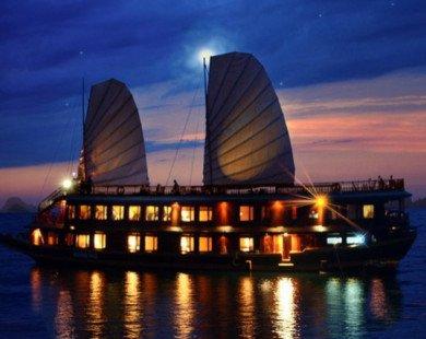 Ngoài chèo kayak, Hạ Long còn hấp dẫn bởi hàng nghìn trải nghiệm thú vị