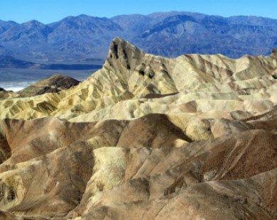 11 địa điểm du lịch nguy hiểm nhất thế giới