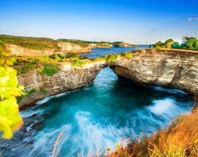 """Đến Indonesia chiêm ngưỡng bãi biển """"tan vỡ"""" tuyệt đẹp"""