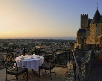 15 lâu đài nguy nga và tráng lệ nhất hành tinh