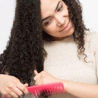 Vào nếp tóc xoăn không cần sấy với mẹo nhỏ sau