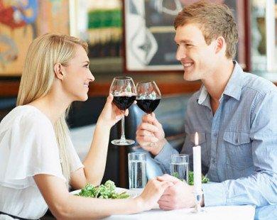 Buổi hẹn hò sẽ tiết lộ bạn thích được hẹn với cung hoàng đạo nào?