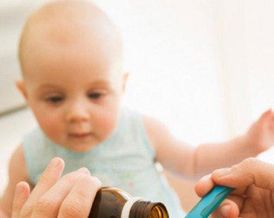 Sai lầm thường gặp khi dùng thuốc cho trẻ nhỏ