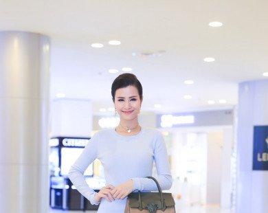 Đông Nhi - tay chơi hàng hiệu mới của showbiz Việt