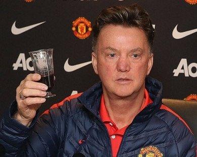 Man United vào chung kết, Mourinho nên cảm ơn... Van Gaal