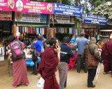 Bodhgaya - thứ hai tu chợ, thứ ba tu chùa