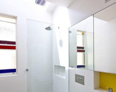 Giải pháp tuyệt vời hóa giải 3 lỗi khó chịu trong phòng tắm chật hẹp