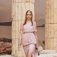 """BST Chanel Cruise 2018: """"Nữ thần Hy Lạp"""" dạo chơi ở Paris"""
