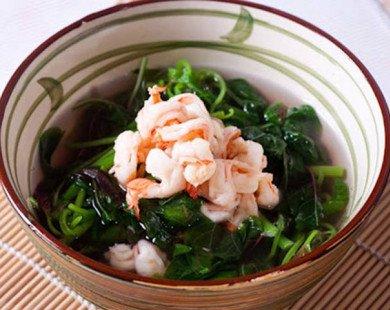 Canh rau dền nấu tôm thanh mát cho bữa trưa hè