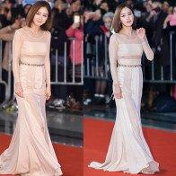 """Phong cách thời trang U40 của """"nàng dâu quốc dân"""" Kim Tae Hee"""
