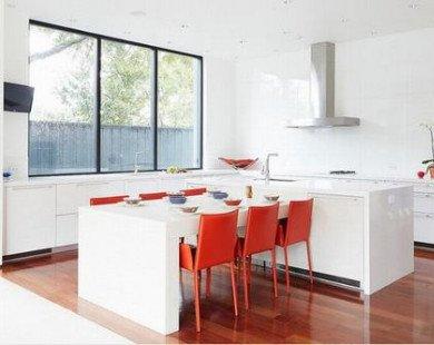 Những mẫu phòng bếp ấn tượng với quầy bếp trắng