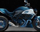 Ducati Diavel bản độ carbon xanh độc đáo