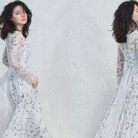 46 tuổi, Lee Young Ae đẹp như thiên thần trên bìa ELLE Hàn Quốc