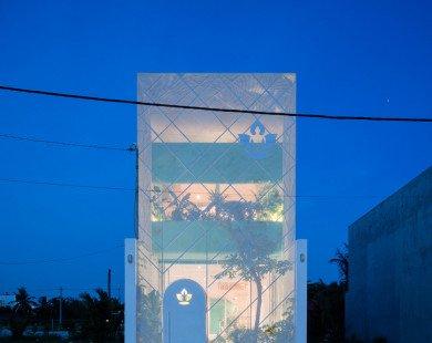 Căn nhà phố Sài Gòn với mặt tiền 'mờ ảo' nhìn xuyên thấu