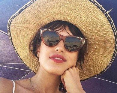 6 món đồ mùa hè phải có của quý cô thời trang Pháp