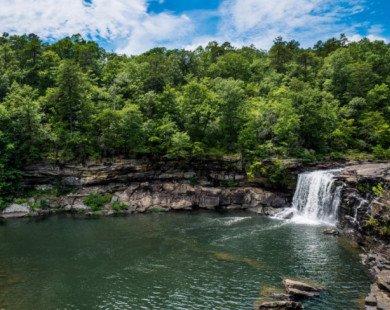 17 hồ bơi tự nhiên ai cũng muốn trải nghiệm