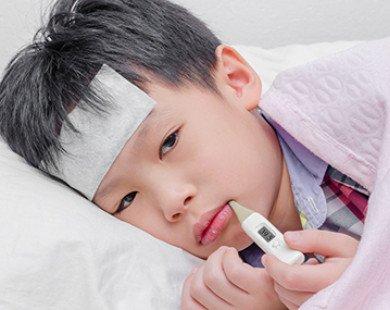 Trẻ không đáp ứng hạ sốt, cha mẹ cần nghĩ ngay đến bệnh này