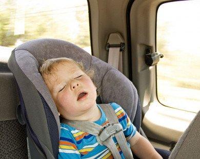 Những điều cần làm để tránh con trẻ dễ bị say nắng