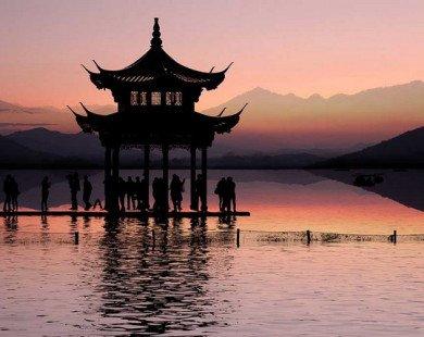 Đắm say vẻ đẹp yên bình, cổ kính của Hàng Châu