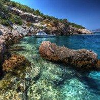 Mê hoặc 11 vịnh biển có làn nước trong suốt như pha lê
