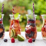 Điều gì sẽ xảy ra nếu bạn thay thế tất cả đồ uống bằng nước lọc?