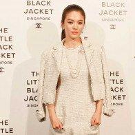 Trẻ đẹp bất chấp tuổi tác, phong thái ăn mặc nữ thần, Song hye Kyo đốn gục trái tim Song Joong Ki là điều đương nhiên!