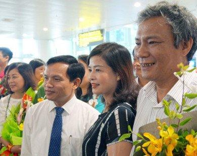 Đoàn Olympic Toán quốc tế về đến sân bay Nội Bài