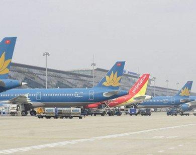 Thủ tướng yêu cầu hàng không chấn chỉnh tình trạng chậm, hủy chuyến
