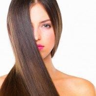 5 giải pháp trị mái tóc xơ và khô rối ngày hè