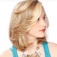 Những kiểu tóc phù hợp với khuôn mặt tròn bầu