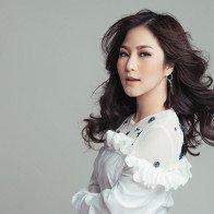 Vũ Cát Tường dẫn đầu cuộc đua, Hương Tràm tuyên bố rút khỏi danh sách đề cử MTV EMA 2017